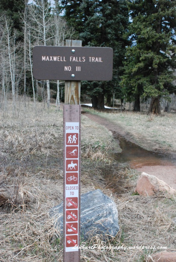 Maxwell Falls-Trail Sign