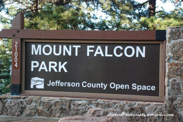 Mt Falcon Park-Sign