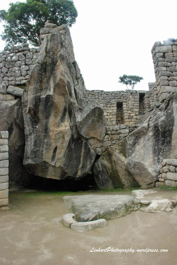 Machu Picchu-Condor Temple