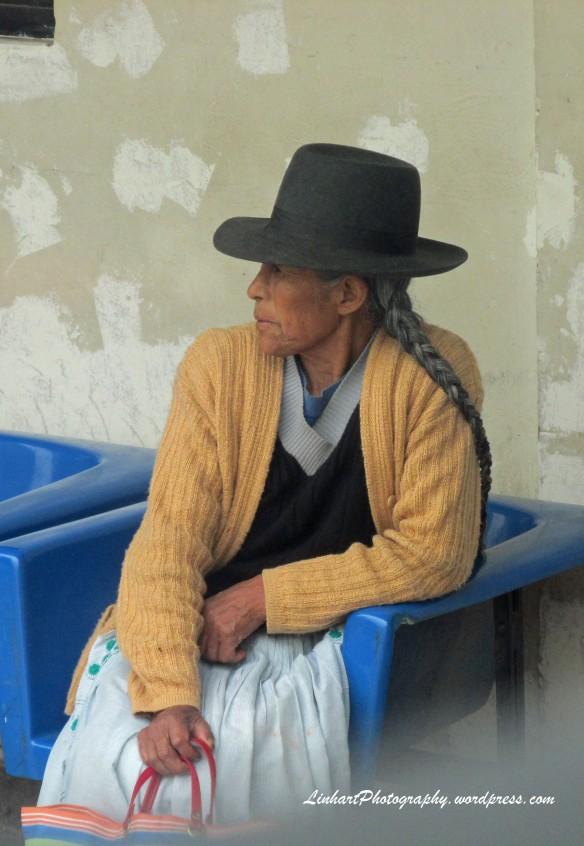 Peruvian woman-bus station